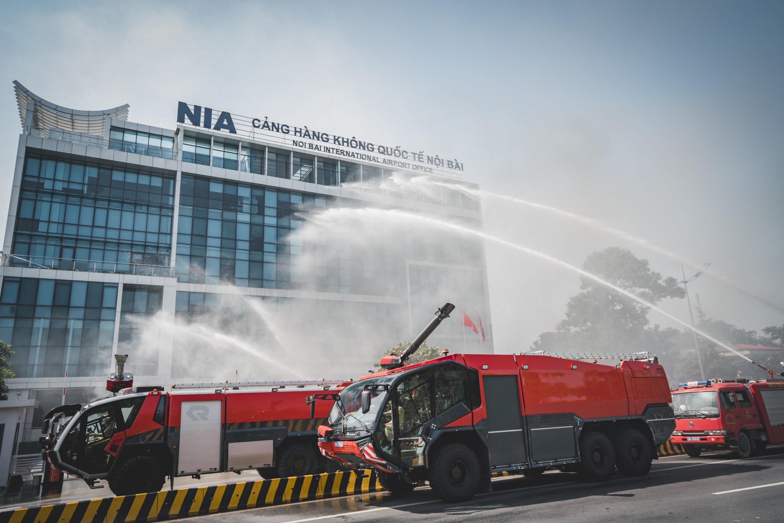 Cảng HKQT Nội Bài diễn tập phương án chữa cháy, cứu nạn cứu hộ năm 2020 -  Tổng công ty cảng hàng không Việt Nam - CTCP   Sân bay Việt Nam